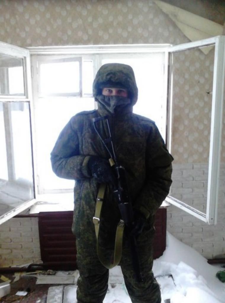 https://www.aldrimer.no/wp-content/uploads/2015/06/Maskert-ru-soldat-på-trening.png