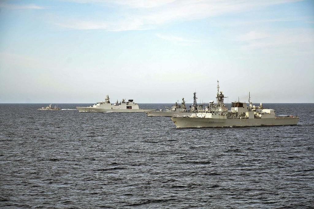 ØSTERSJØEN: Her seiler allierte nasjoners skip sammen med svenske i Østersjøen 8. juni, som en del av øvelsen Baltops. Foto: Amanda S. Kitchner/US Navy