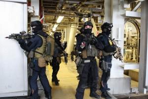 FSK: Operatører fra Forsvarets Spesialkommando under Øvelse Gemini 2011. FOTO: Torbjørn Kjosvold/Forsvaret