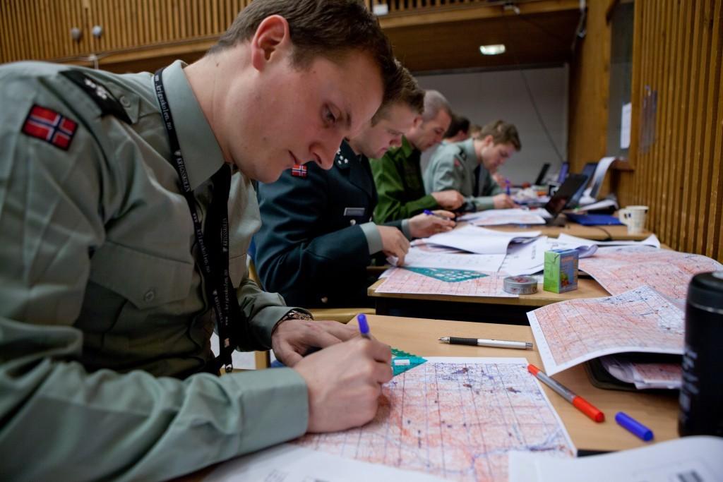 Studenter i undervisning på Krigsskolen. Foto: THOR HÅKON BREDESEN/HÆREN