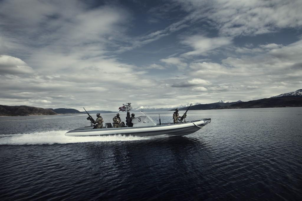 ØVELSE GEMINI: Marinejegerkommandoen måtte under årets øvelse Gemini kjøre rhib-er i 24 timer fra Ramsund til nordvest av Tromsø for at Beredskapstroppen skulle være i stand til å aksjonere. Foto: OLE GUNNAR HENRIKSEN NORDLI/FORSVARET