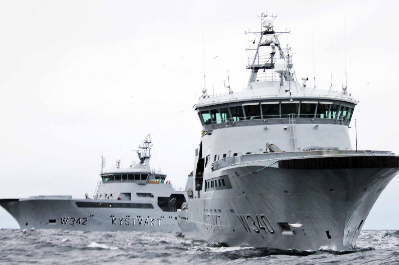 LEDES FRA SØR: Forsvarssjefen foreslår å redusere antall kystvaktskip fra 15 til 13 og flytte ledelsen til Haakonsvern i Bergen. Kystvaktskipene skal fortsatt ha base i nord – ved Ramsund utenfor Harstad, mens basen på Sortland foreslås lagt ned. FOTO: Fredrick Hoffeker / Kystvakten