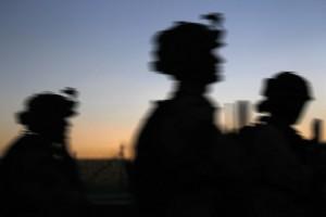 TVINGES: Identiteten til rundt 45 operatører fra Forsvarets spesialkommando (FSK) som er sendt til Bagdad for å trene irakiske sikkerhetsstyrker er utlevert til irakiske myndigheter, til tross for sterke advarsler om at informasjonen vil kunne bli solgt videre til terrororganisasjoner. Foto: TORBJØRN KJOSVOLD/FORSVARET