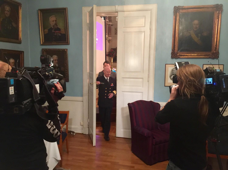 Forsvarssjef Haakon Bruun-Hanssen på vei ut etter å ha holdt sin årlige tale i Oslo militære samfund (OMS). Foto: KJETIL STORMARK