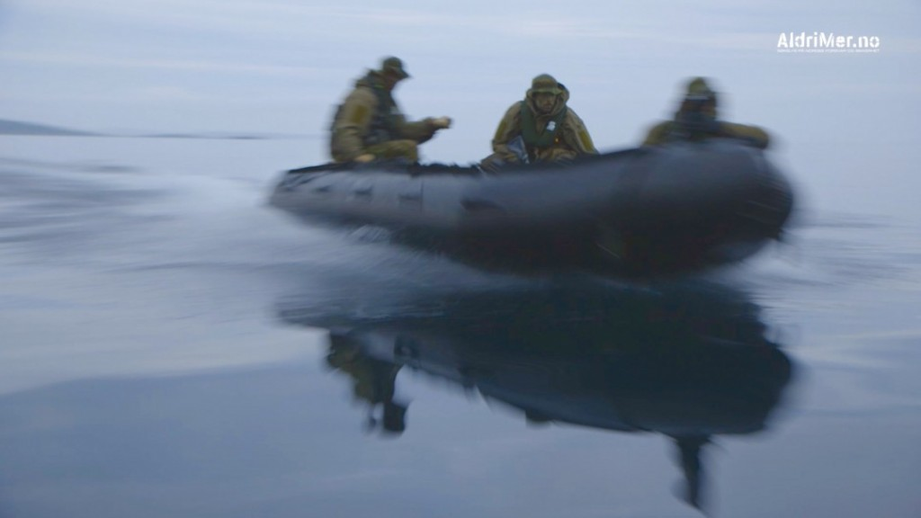 GUMMIBÅTER: Kystjegerne er svært mobile og er blant annet kjent for sine raske gummibåter som gjør avdelingen vanskelig å stanse og oppdage. Foto: ALDRIMER.NO