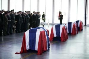 FIRE DREPT: Fire norske soldater ble drept av en veibombe i Afghanistan den 27 juni 2010. Foto: TARAL JANSEN/FORSVARET
