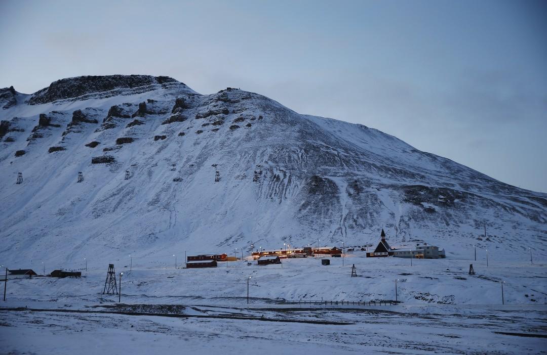Øver igjen på operasjoner mot Svalbard