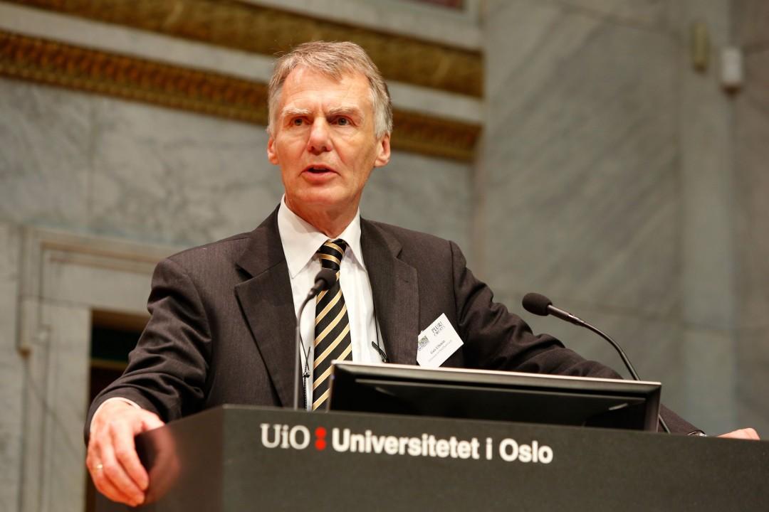 https://www.aldrimer.no/wp-content/uploads/2016/05/Geir-Ulfstein-FOTO-Terje-Heiestadmilli.no_.jpg