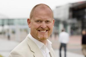 Sikkerhetsansvarlig Christian Skottun i Norkring sier de ikke kan forhindre sabotasje, men skal håndtere det uten at kundene mister tjenesten. FOTO: Norkring