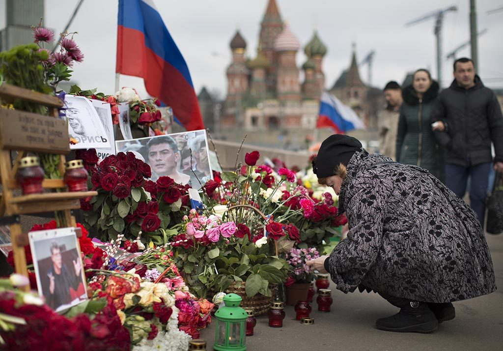 MISTET LIVET: Boris Nemtsov. Foto: ALEKSANDR ZEMLIANITSJENKO/AP/NTB SCANPIX