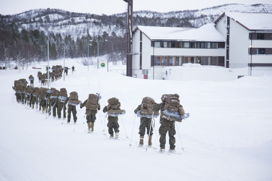 https://www.aldrimer.no/wp-content/uploads/2016/10/2016-02-11-USMC-and-Royal-Marines-winter-training-at-Porsanger_280.jpg