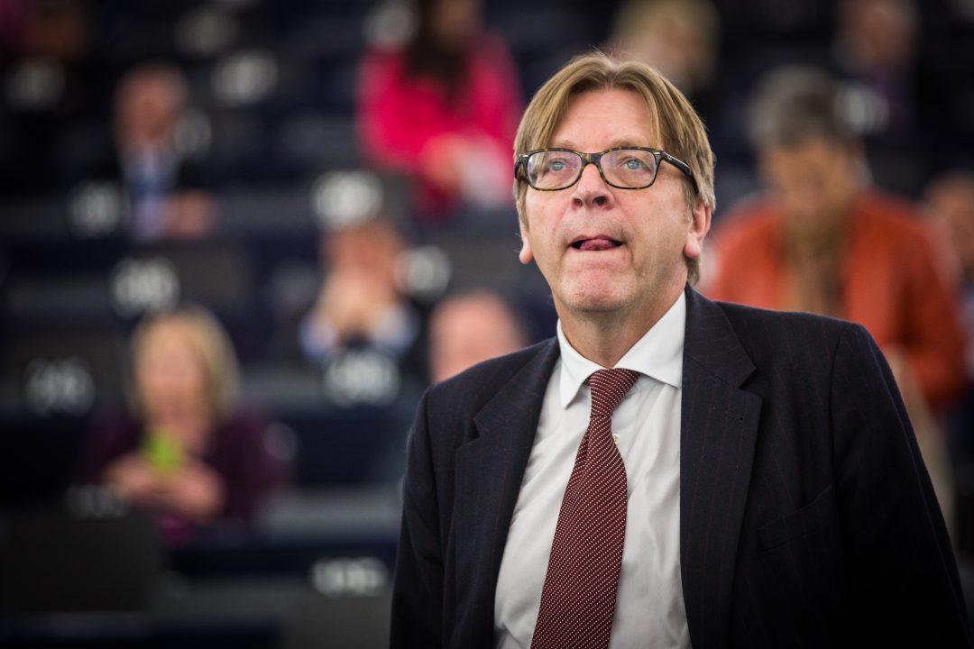 MÅ KLARE SEG SELV: Guy Verhofstadt mener de europeiske landene nå må «ta kontroll over egen skjebne». Her fra Europaparlamentet i Strasbourg. Foto: CLAUDE TRUONG-NGOC