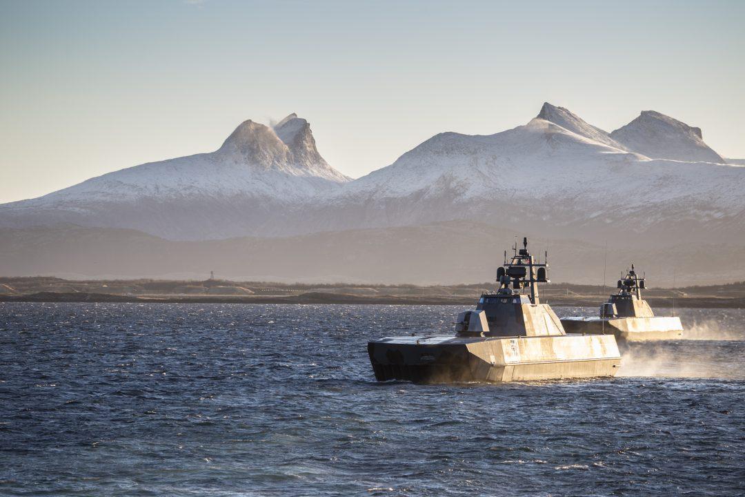 To Skjold-klasse korvetter på vei ut fra Bodø / During the exercise Flotex 2015