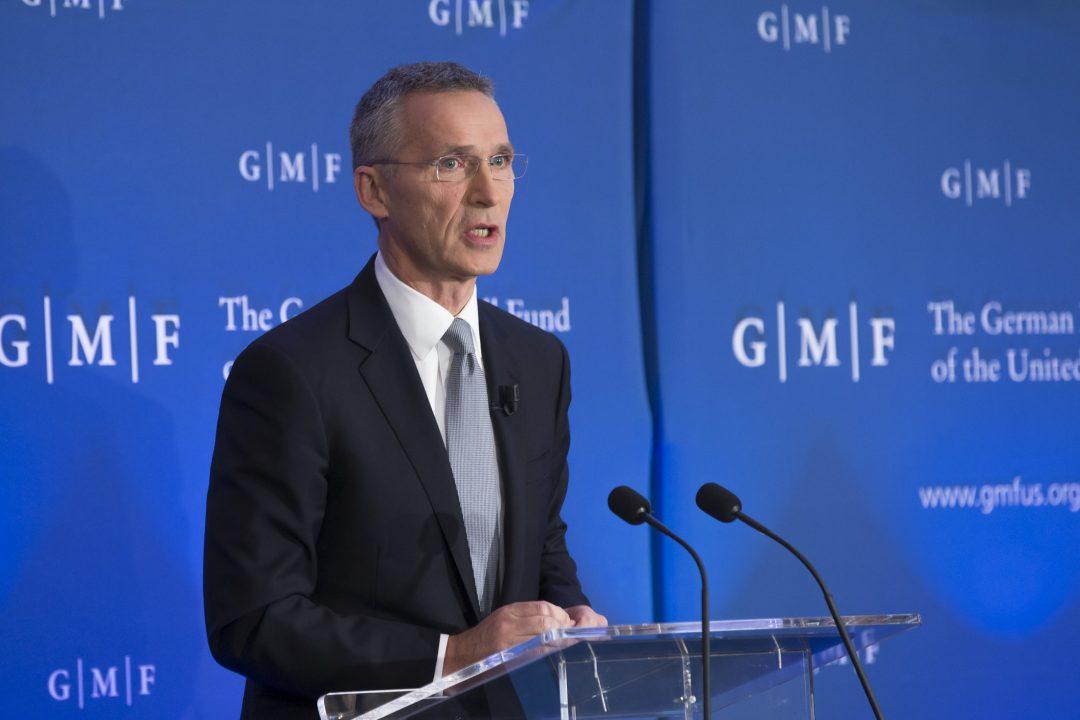 MØTER MAY: I dag møter NATOs generalsekretær den britiske statsministeren. Foto: NATO