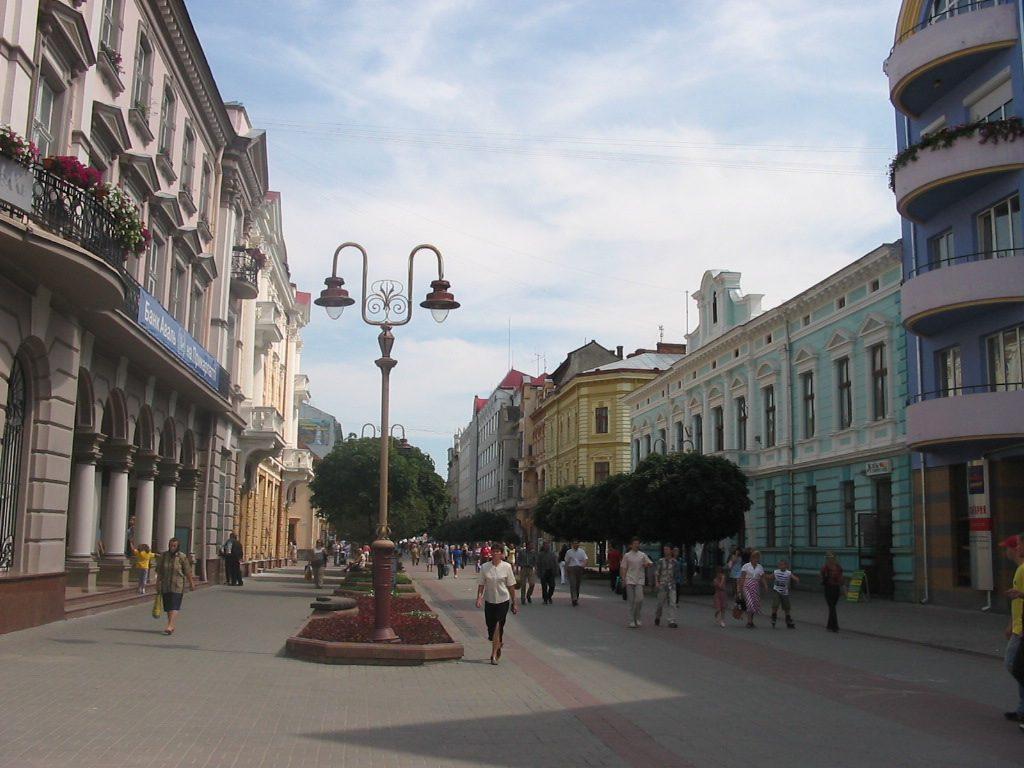 UTSATT FOR CYBERANGREP: 220 000 strømkunder ble rammet av cyberangrep mot regionen Ivano-Frankivsk (her byen med samme navn) vest i Ukraina i desember 2015. Foto: ROMAN ZACHARIJ/WIKIPEDIA COMMONS