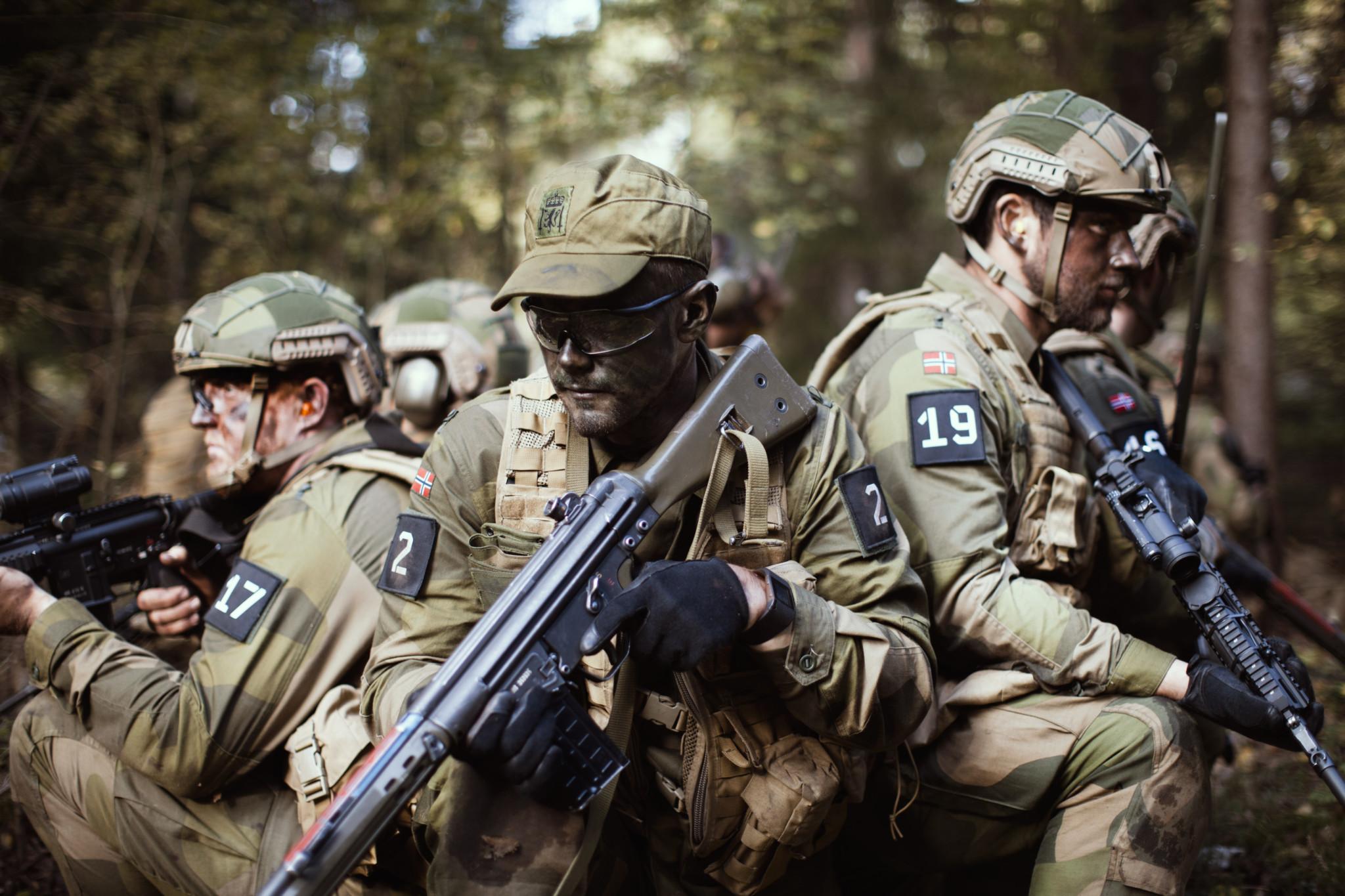 HV-01 på øvelse på Rygge, hovedformålet med øvelsen var trening på og overta et objekt fra en fiende / Homeguard unit from HV-01 during an exercise at Rygge military base