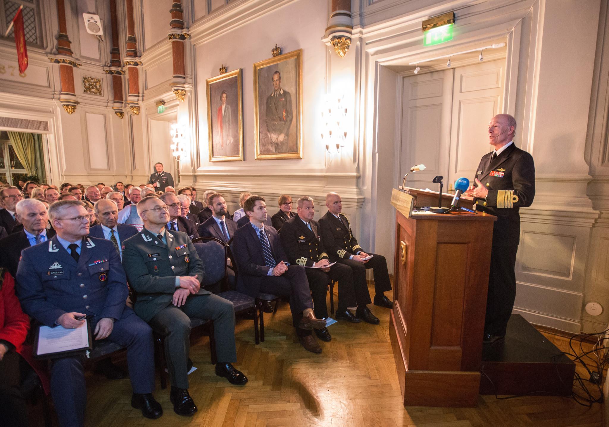 — Mange utfordringer for Norge og NATO