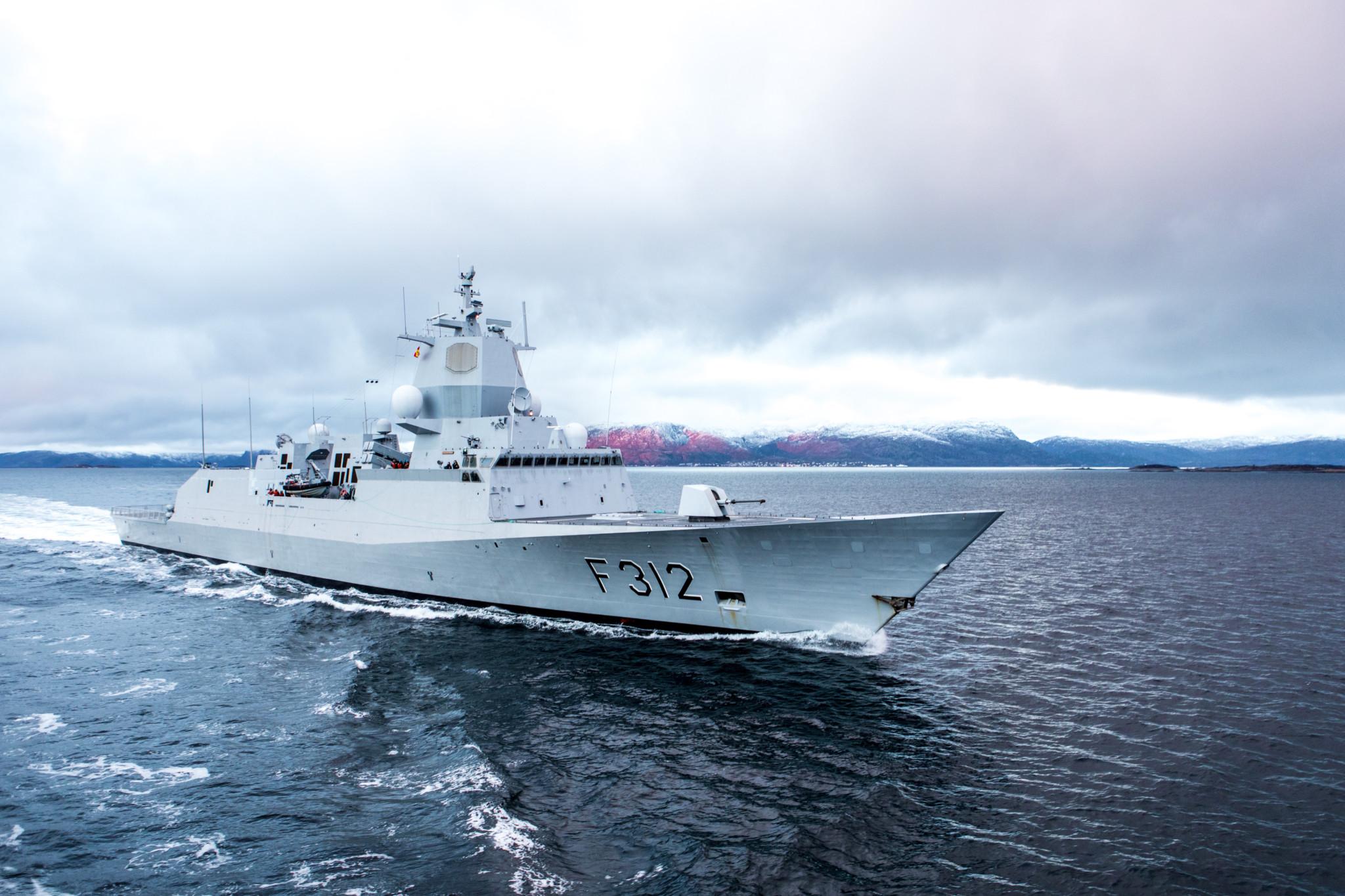 STORE SVAKHETER: Forsvaret har ikke på langt nær lykkes med å få god kampevne ut av fregattvåpenet. Det er «store svakheter på alle fartøyene», skriver Riksrevisjonen i en ny rapport. Her: KNM Otto Sverdrup under øvelse flotex 2016. Foto: JAKOB ØSTHEIM/FORSVARET