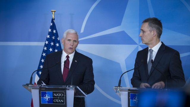 https://www.aldrimer.no/wp-content/uploads/2017/02/NATO_Pence_Stoltenberg5-640x360.jpg
