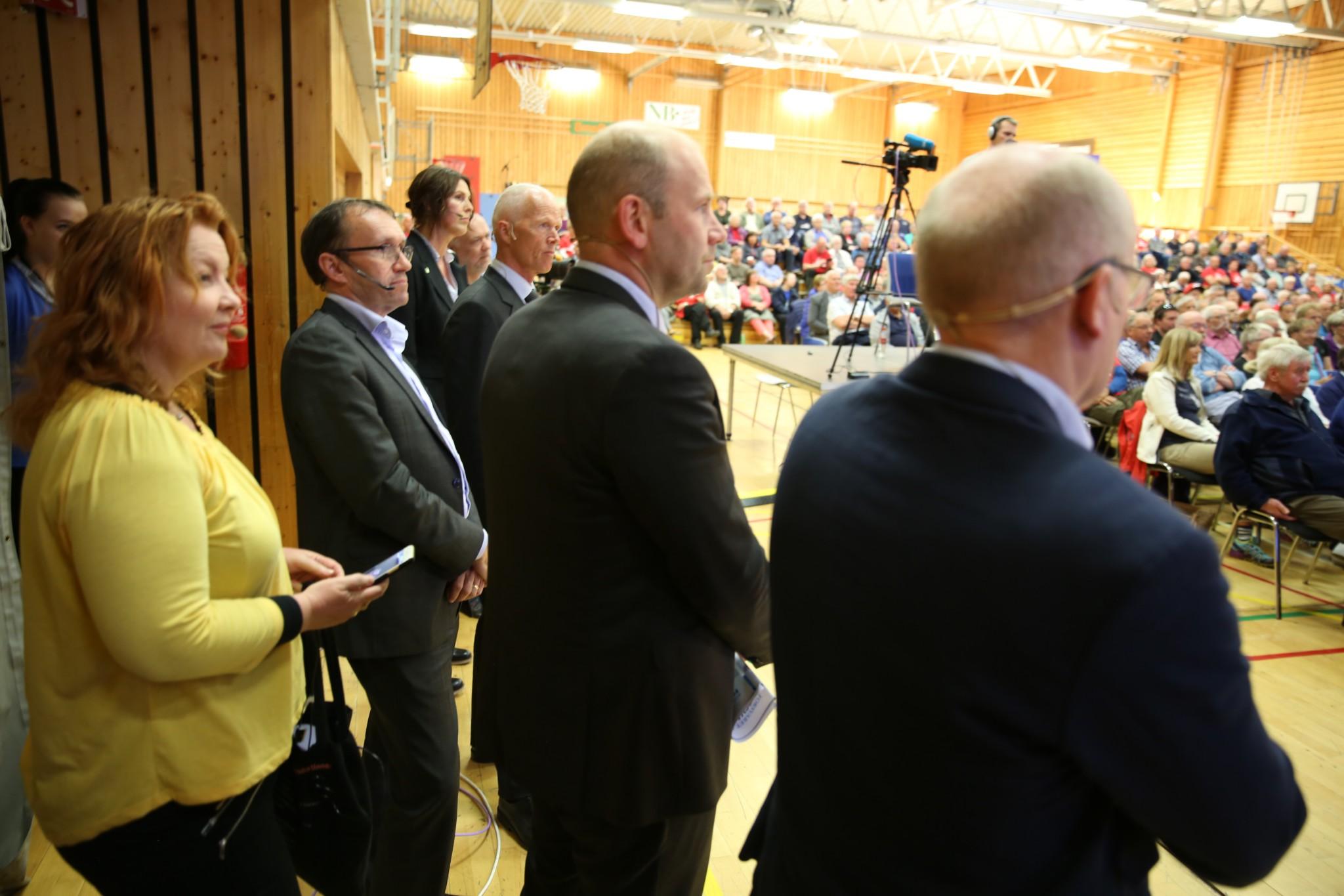 Harde fronter om Andøya-nedleggelse