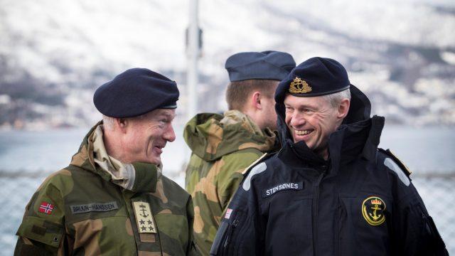 https://www.aldrimer.no/wp-content/uploads/2017/06/Stensønes-m-Bruun-Hanssen-foto-Morten-Opedal-III-640x360.jpg