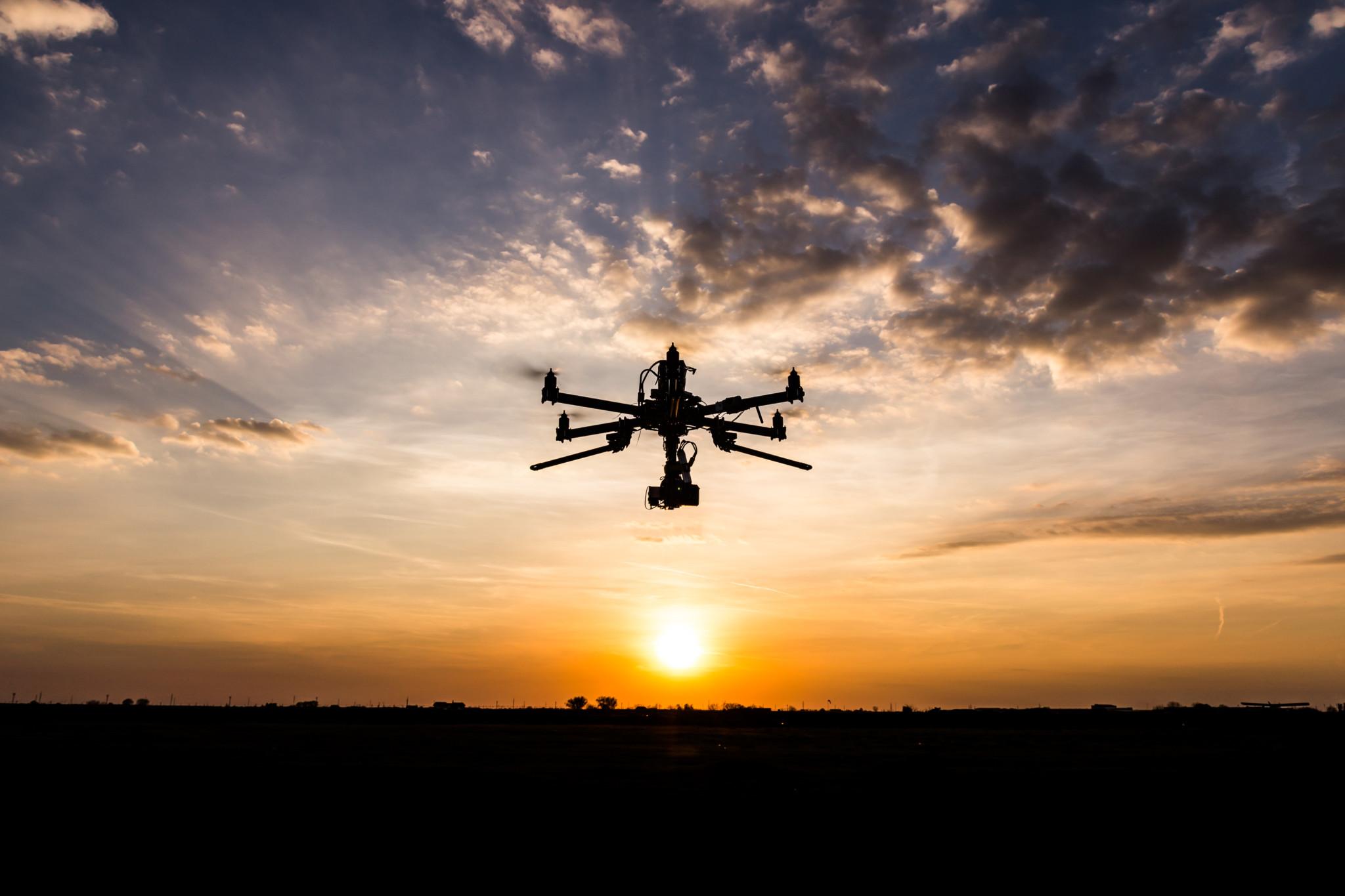 Droneforbund kritisk til hurtigforbud