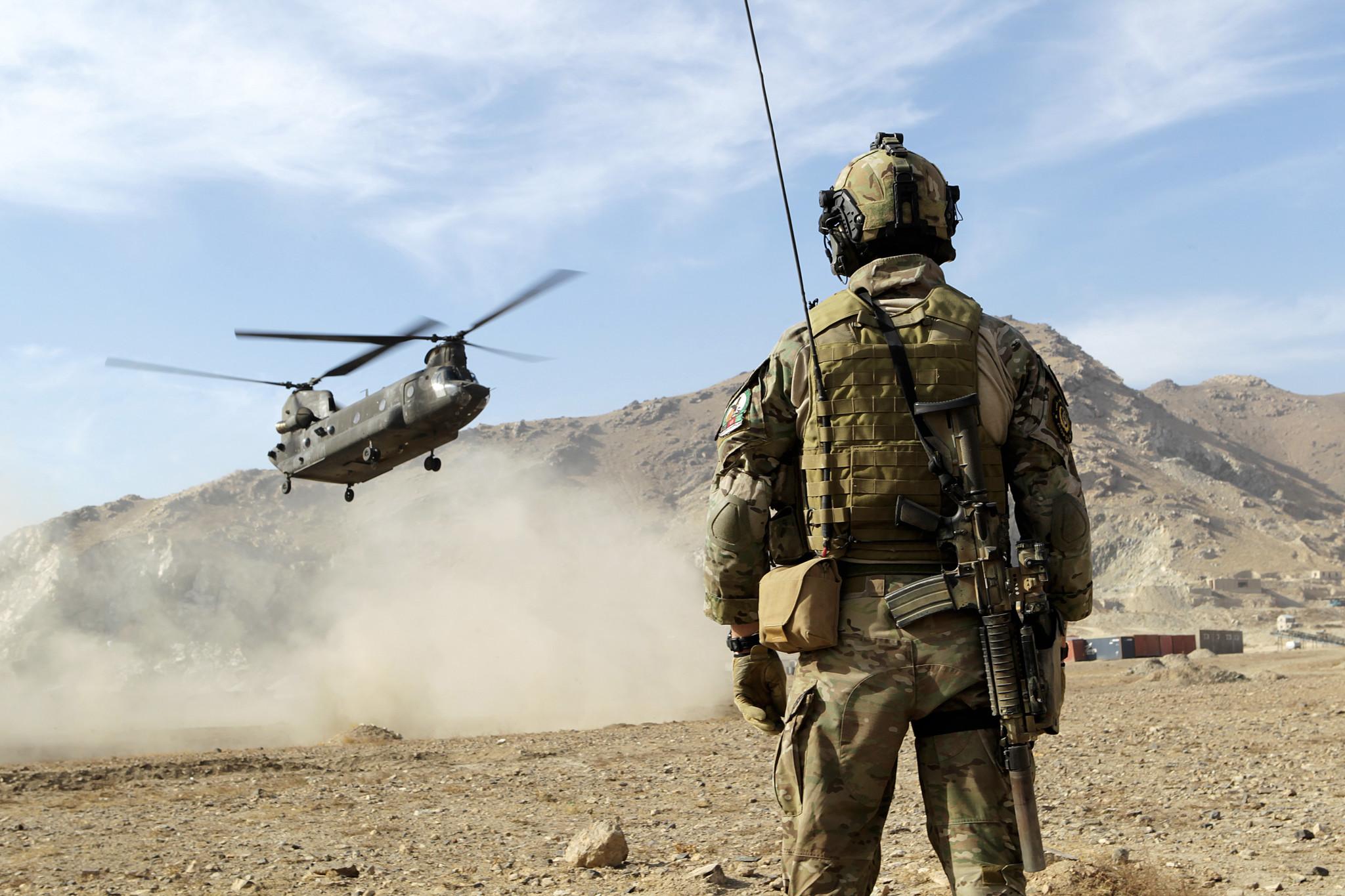 Afghanistan-exit i det blå