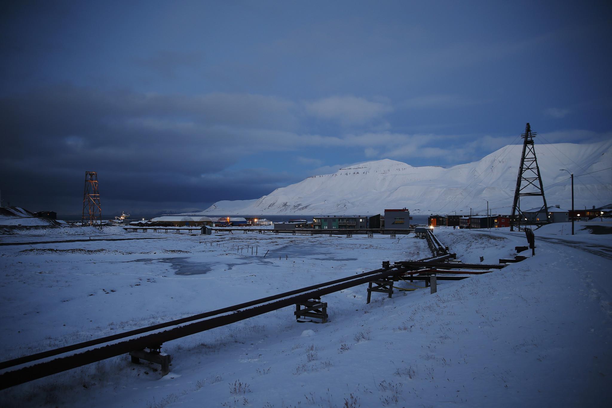 Svalbard revisited: Hvem skal du tro på?