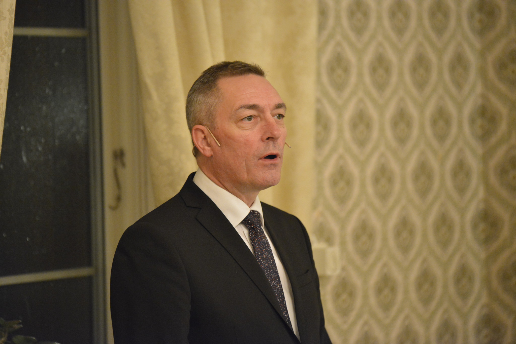 Forsvarsministeren varsler NH-90-avklaring