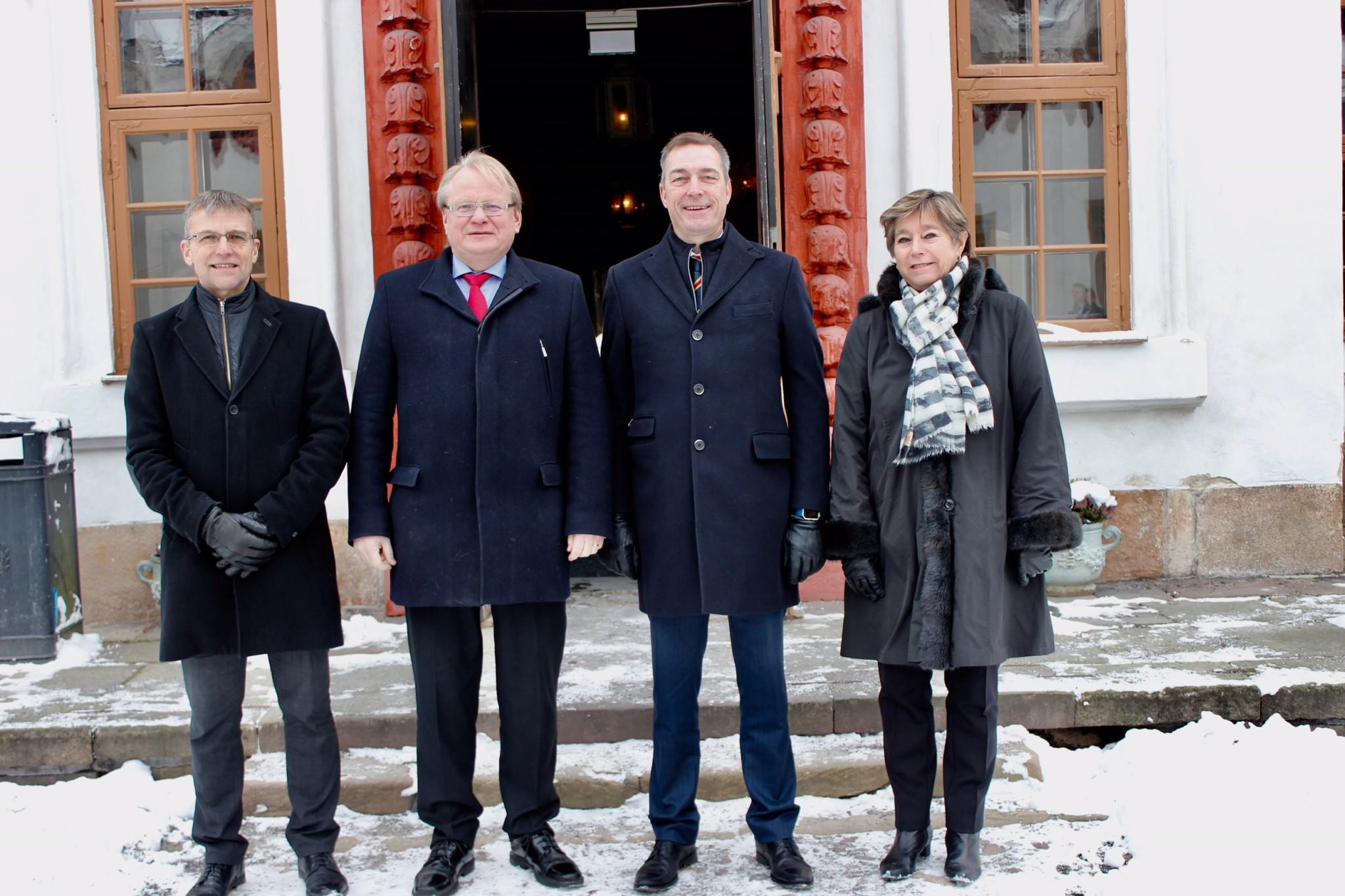 Vil samarbeide mer med Sverige