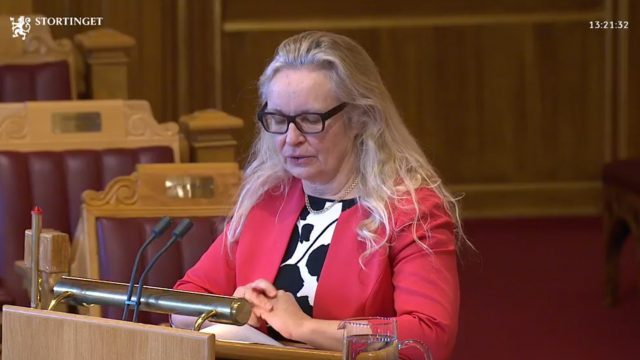 https://www.aldrimer.no/wp-content/uploads/2018/02/Ruth-Grung-i-Stortinget-640x360.jpg