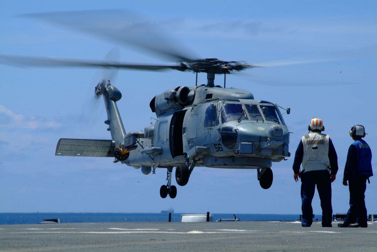 https://www.aldrimer.no/wp-content/uploads/2018/02/US_Navy_050801-N-4772B-088_An_SH_60B_Seahawk_helicopter_assigned_to_Helicopter_Anti-submarine_Squadron_Light_Four_Five_HSL-45_detachment_one_lands_onto_the_flight_deck_of_the_amphibious_dock_landing-1280x856.jpg
