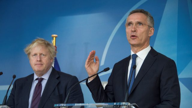 https://www.aldrimer.no/wp-content/uploads/2018/03/NATO-Stoltenberg-Johnson-2-croppet-640x360.jpg