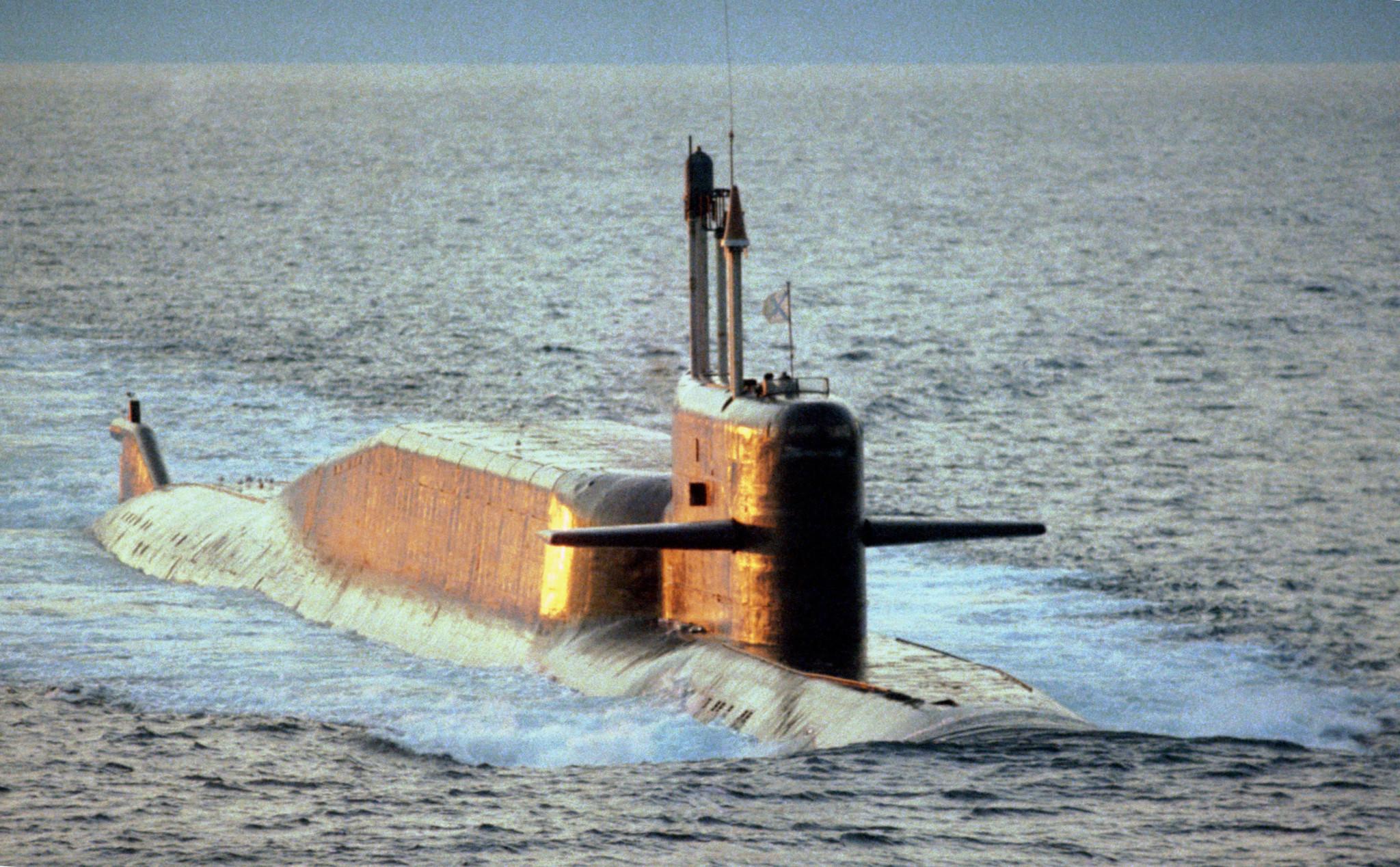 Ubåt, helikoptre og missiler til Nordflåten