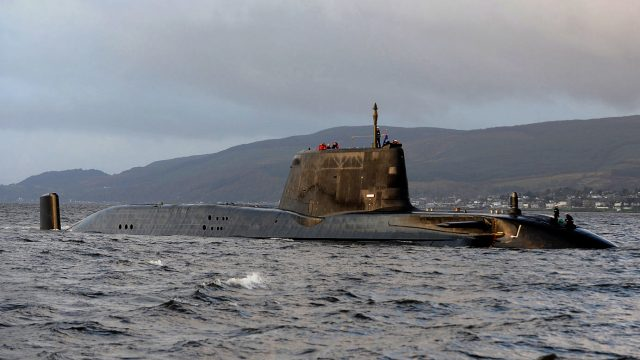 https://www.aldrimer.no/wp-content/uploads/2018/05/HMS_Astute_Arrives_at_Faslane_for_the_First_Time_MOD_45150823-640x360.jpg