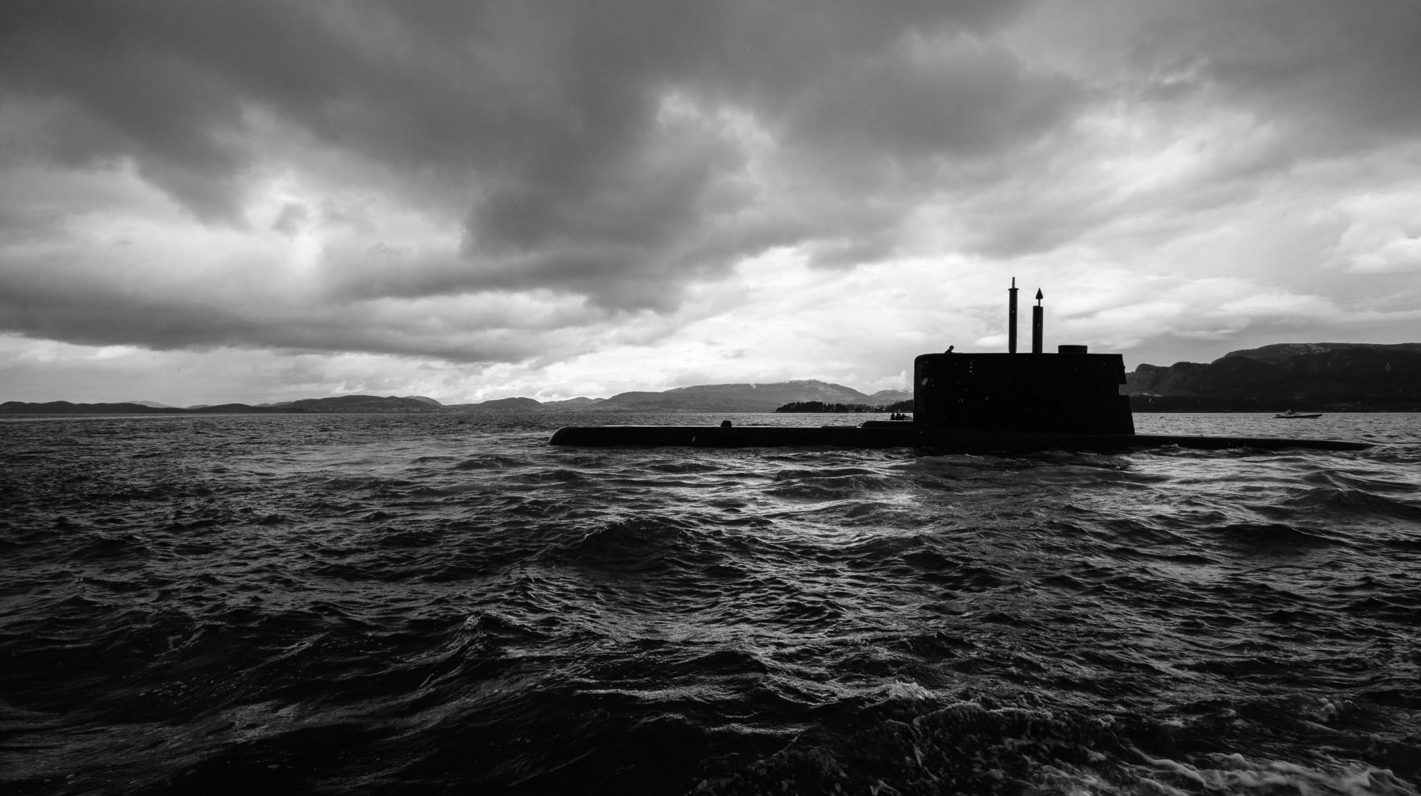 Mørke skyer på ubåthorisonten