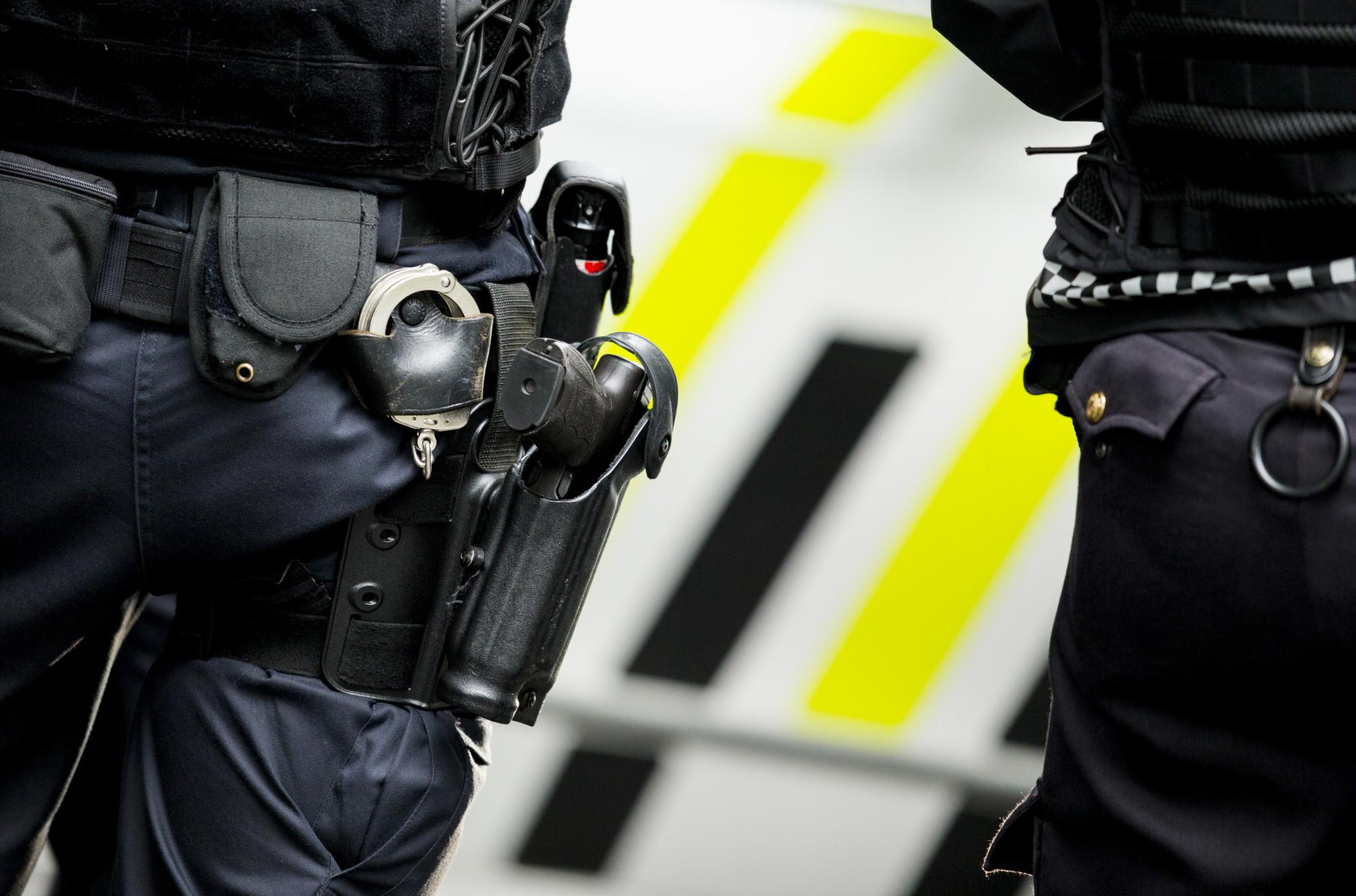 Bevæpner politiet i Oslo for å begrense terror