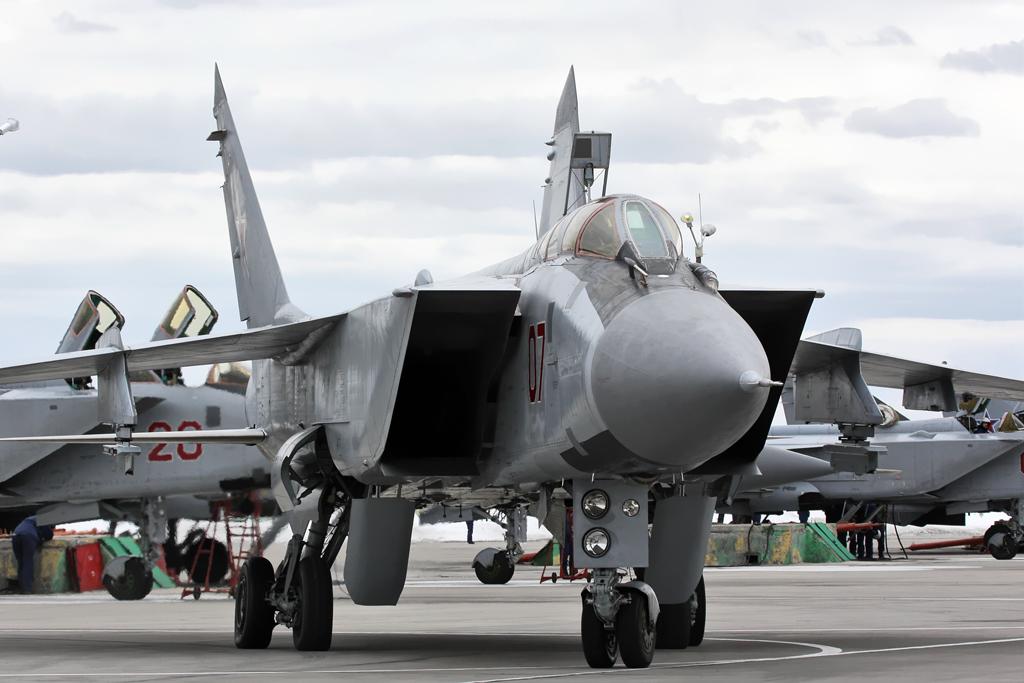 https://www.aldrimer.no/wp-content/uploads/2018/09/MiG-31_790_IAP_Khotilovo_airbase_2.jpg