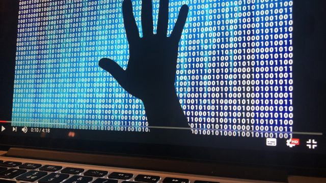 https://www.aldrimer.no/wp-content/uploads/2018/11/aro-Cyberkrigføring-640x360.jpg
