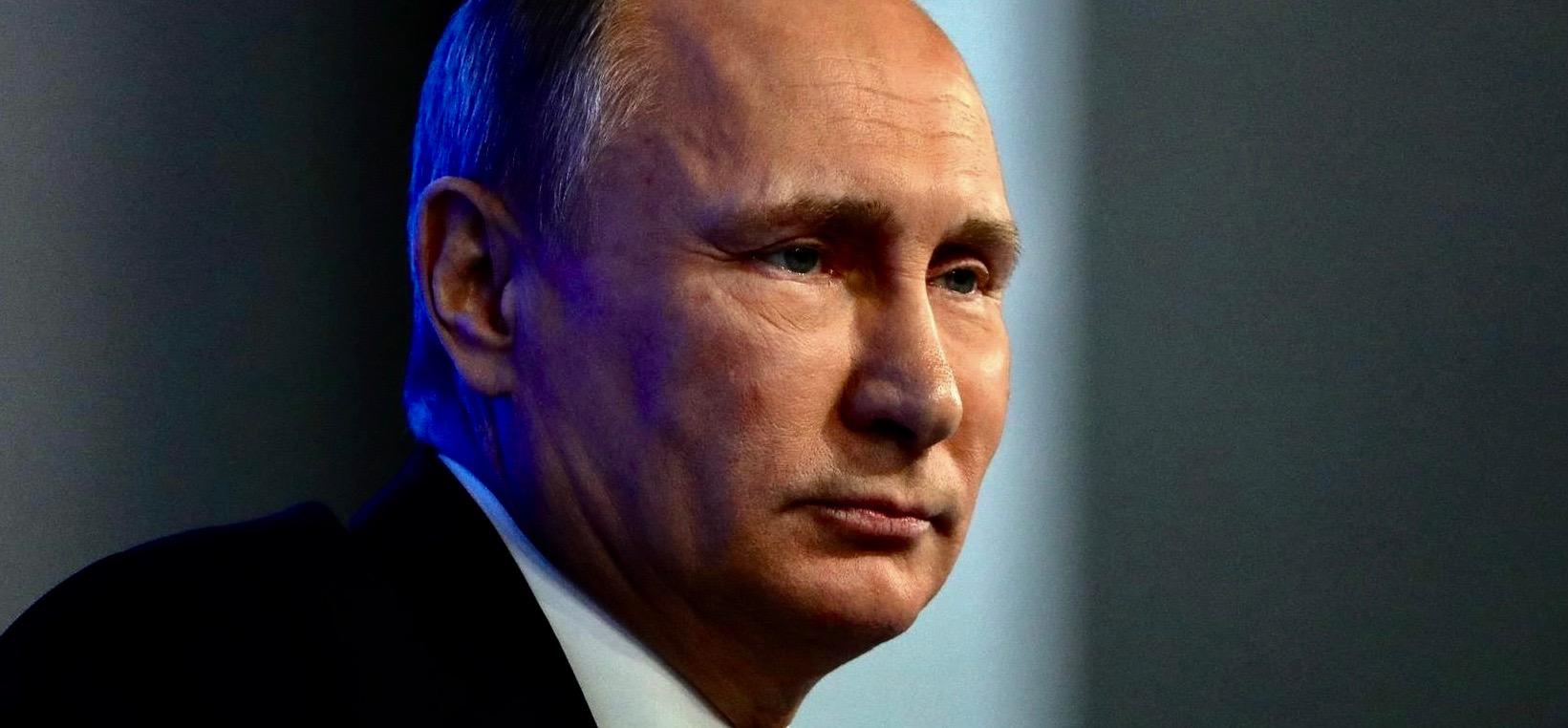 Russland driver et farlig spill